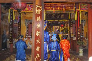 Cúng tế thu tại Đình Sơn Phong